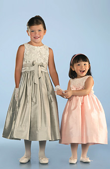 Flower Girl Dresses, Styles and Ideas