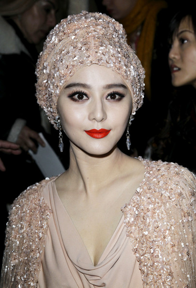 Celebrities Wearing Turbans 4
